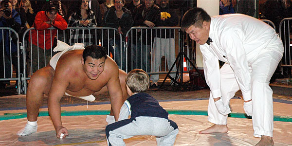 World Champion Sumo Byamba to compete at Japanese Fall Festival