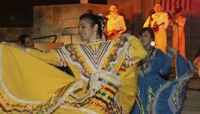 folk-dancers2