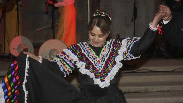 yolanda-dancing