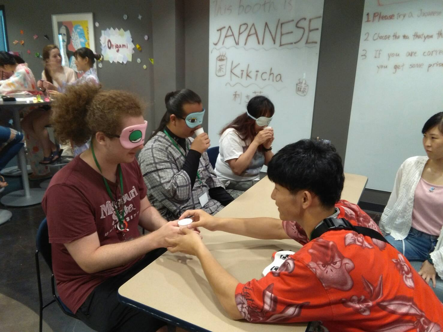Learn from Japanese middle schoolers at the Isesaki Summer Festival